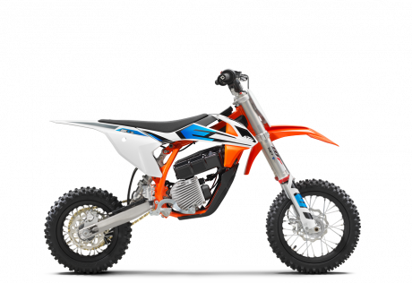 2022 KTM SX-E 5
